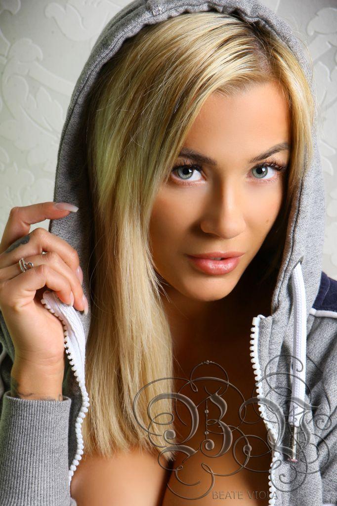beate_viola_3k9g7711_3